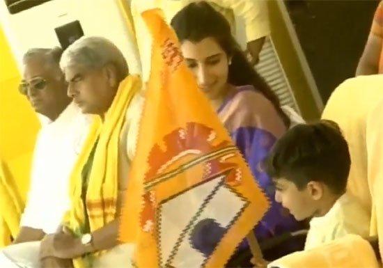 ఎన్నికల ప్రచారంలో నారా బ్రాహ్మణీ..దేవాన్ష్