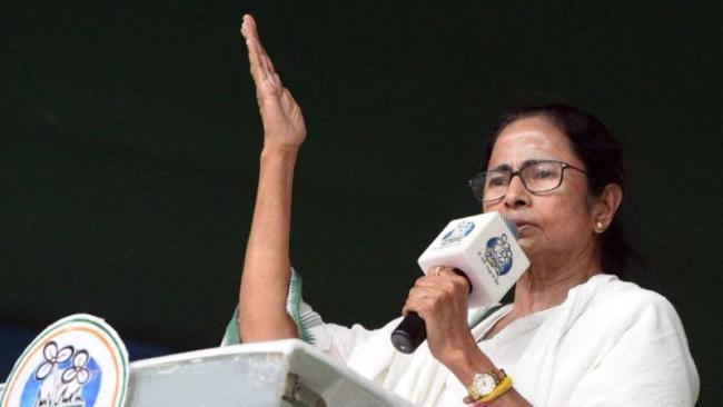 మమతా బెనర్జీ షాకింగ్ కామెంట్స్