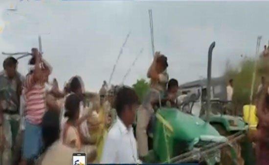 అటవీ అధికారులపై దాడి..ఎమ్మెల్యే సోదరుడి అరెస్ట్