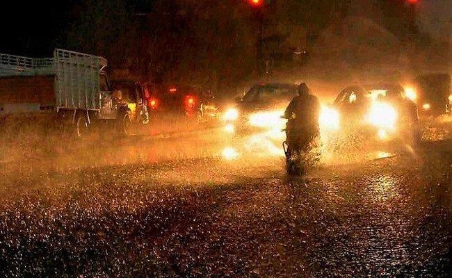 వర్షం అంటే వణుకుతున్న హైదరాబాద్